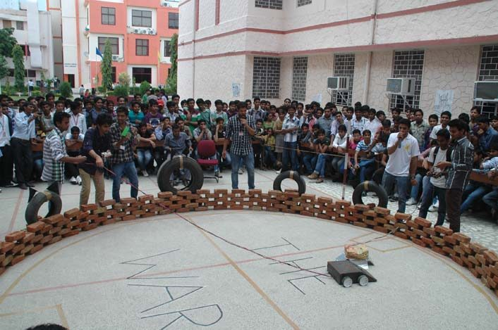 Tehnika Naitus 2018 - 11, arya college jaipur