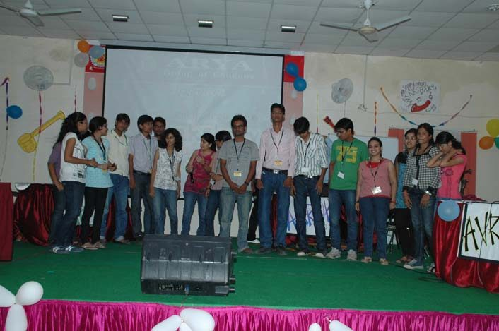 Tehnika Naitus 2018 - 14, arya college jaipur
