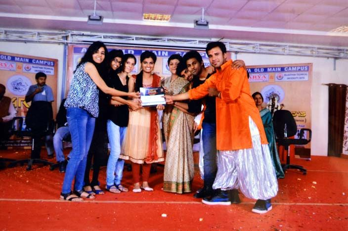 Arya_Thar2018_10, arya college jaipur